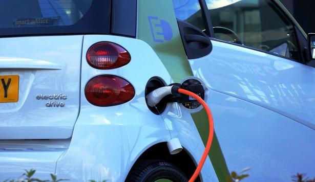 electric car charging pixabay